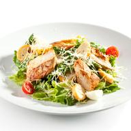 Lettuce, Tomato, Chicken, Shredded Parmesan, Croutons
