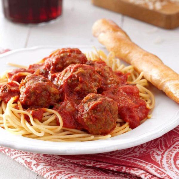 Spaghetti or Penne w/Meatballs